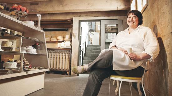 woman-bakery-550x309